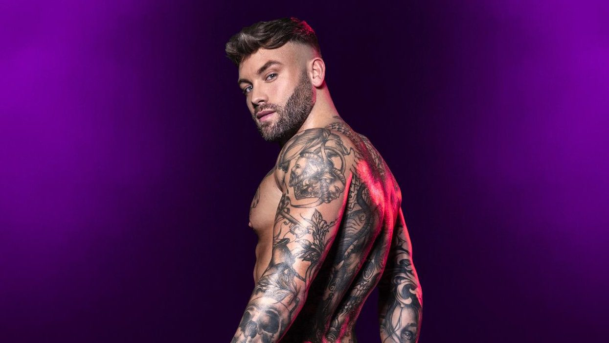 Male Strippers | BOBBY MARCH NEWCASTLE DREAMBOYS